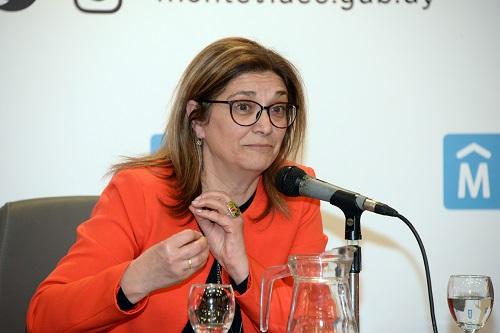 Rosita Angelo durante su exposición