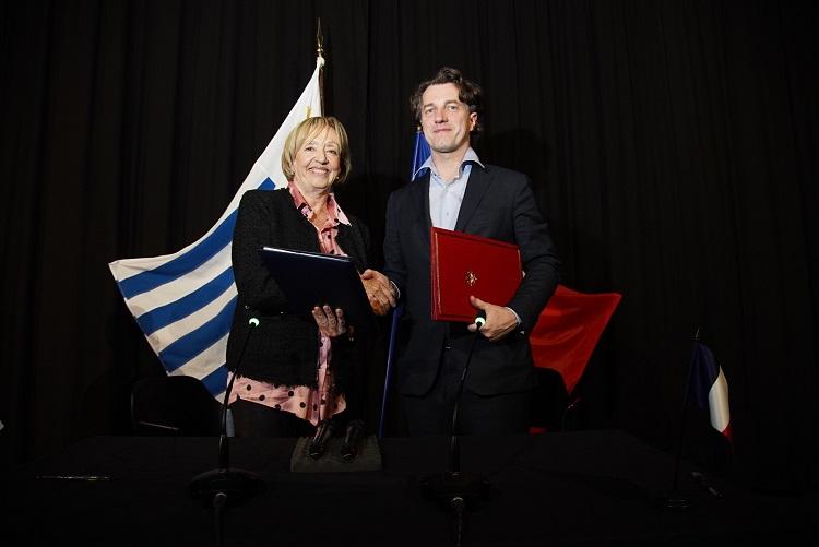 ministra Muñoz y Dominique Boutonnat