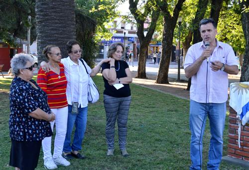 participantes y personas que hicieron uso de la palabra